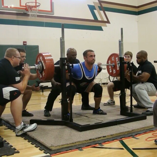 Congrats Kris Hunt for breaking a new USAPL American Record in the squat - 622lbs (282.5kg) at the Ohio State Powerlifting Championship. ?????